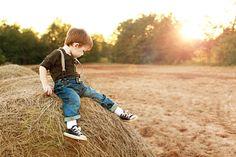 Love this shoot! cutie pie..