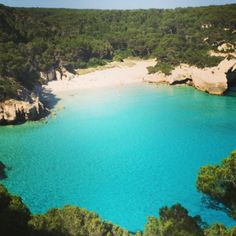 Cala Mitjana in Ferrerias, Islas Baleares - - Car Tutorial and Ideas Menorca, Beautiful World, Beautiful Places, Places Ive Been, Places To Go, Exotic Places, The Great Outdoors, Travel Inspiration, Around The Worlds