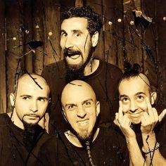 John, Serj, Shavo y Daron! System Of A Down, Radiohead, Rock Y Metal, Green Day, Kinds Of Music, Illuminati, Rock Music, Rock And Roll, Daron Malakian