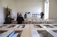 Display system :: Una biblioteca carica di… fanzine di architettura | Artribune