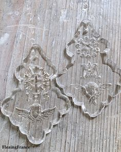 FleaingFrance...antique church crystal