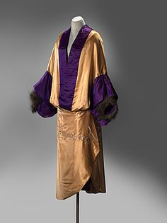 Opera Coat Made Of Silk, Fur, Cotton, Metal, Glass Beads - Made By Jeanne Paquin (France, 1869-1936) For The House Of Paquin (1891-1936)   c.1910  -  National Gallery Of Australia    (View Of Front Of Coat)