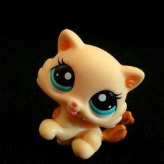 Littlest Pet Shop 2326 Kitten Cat Baby LPS Toy HASBRO Cream