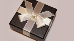 corporate gift ideas for employees unique corporate gift ideas best corporate gifts for clients creative corporate gift ideas unusual corporate gifts corporate logo gifts high end client gifts Massage Gift Certificate, Gift Box Images, Gifts For Him, Great Gifts, Adoption Gifts, Client Gifts, Pretty Packaging, Gift Packaging, Spa Gifts