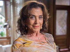 Canadauence TV: Aos 75 anos, Betty Faria admite fumar maconha, diz...