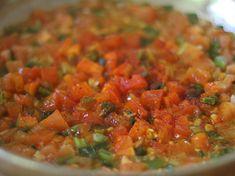 Acelgas Guisadas - AntojandoAndo Salsa, Vegan, Ethnic Recipes, Food, Coleslaw Salad, Vegetarian Food, Healthy Recipes, Vegetable Recipes, Essen