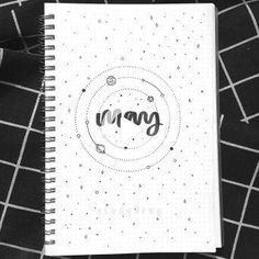 41 Bullet Journal Monthly Cover Ideas You Must Try - Its Claudia G If you're looking for bullet journal monthly cover ideas, this post has bullet journal ideas Bullet Journal School, Bullet Journal Banner, Bullet Journal Notebook, Bullet Journal Ideas Pages, Bullet Journal Inspiration, Bullet Journal Aesthetic, Journal Covers, Scrapbook, Mood