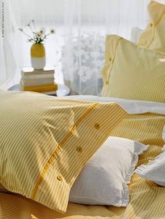 Fresh and cute pastel yellow linens inspo! Yellow Aesthetic Pastel, Pastel Yellow, Mellow Yellow, Yellow Stripes, Yellow Bedding, Yellow Nursery, Yellow Cottage, Shabby Home, Yellow Interior