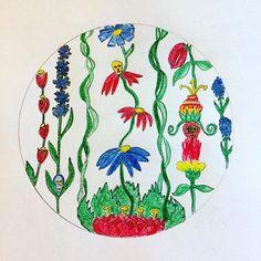 Skull flowers 🌺 #creativesprint #skulladay #folkart #circleart #skullflowers
