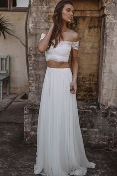 Trendy Wedding Dresses  :    Hey Rebellious Brides, Grace Loves Lace Released A New Collection Just For You! | Valeria Gown 1