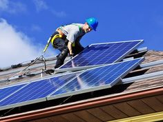 For the first time, the U.S. residential sector beat the commercial sector in new #solar PV