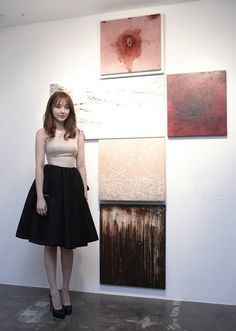Yoon Eun Hye Opens a Coffee Shop and Her Artwork is Placed on Display at 10 Corso Como Seoul Korean Beauty, Asian Beauty, Blue And White Jeans, 10 Corso Como, Opening A Coffee Shop, Hair Colour Design, Yoon Eun Hye, My Fair Lady, Church Outfits