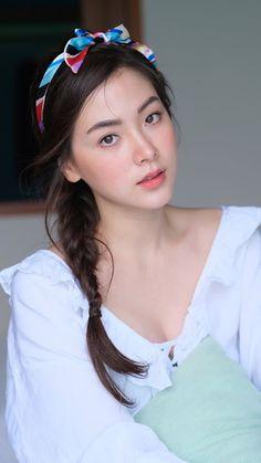 Beautiful Chinese Girl, Beautiful Girl Image, Beautiful Asian Women, Korean Beauty, Asian Beauty, Asian Hair, Girl Inspiration, Girl Face, Cute Girls