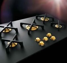 Omg...gold & black stove!!! A-dore!