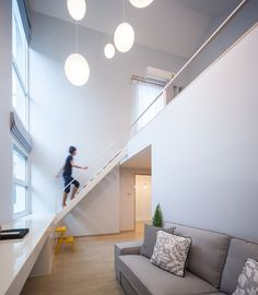Image 5 of 17 from gallery of K22 House / Junsekino Architect and Design. Photograph by Spaceshift Studio