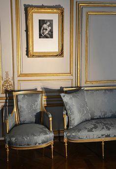 Salon in a lovely steel blue. Decor, Furniture, Interior Architecture Design, Beautiful Interiors, Classic Interior Design, Interior Deco, French Style Furniture, Furniture Design, Home Decor Furniture