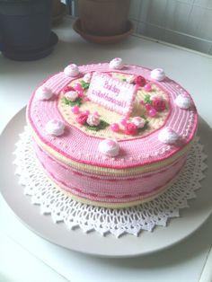 Crochet Cake, Crochet Fruit, Crochet Fabric, Crochet Food, Crochet Gifts, Cute Crochet, Cookie Cake Birthday, Cupcake Party, Pretend Food