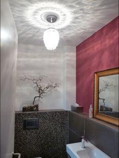 Mini-Kronleuchter im Gäste-WC -  das merk ich mir
