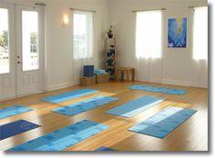 YOGA http://www.dunedinhealthandwellnesscenter.com/images/yoga-room.jpg
