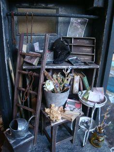 ♡ ♡ Esta imagen de la tienda de segunda mano | minúscula de blogs arte miniatura