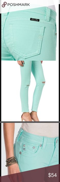 "Miss Me ankle skinny in mint New with tags from Miss Me. Cut is mid-rise ankle skinny, 28 x 27"".  Color is mint green. There are slits and the knees and the leg openings are finished but frayed to look cutoff. Let me know if you have any questions! Miss Me Jeans Ankle & Cropped"