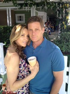 Lynette and Tom Scavo - Desperate Housewives Desperate Housewives House, Gabrielle Solis, Best Tv Couples, Felicity Huffman, Abc Studios, Tv Times, Women Life, Housewife, Favorite Tv Shows