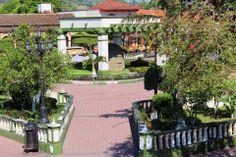 Parque de Santiago Tuxtla  cabeza colosal      Veracruz  México