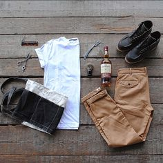 BARBER KIT: Freenote T-shirt & Workers Chino, barber tools, whiskey and @redwingheritage boots // Visit our Pop Up today from 1-10pm for complimentary haircuts courtesy of the @byrdhair barber