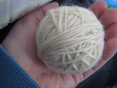How to make your own wool dryer ball(s)