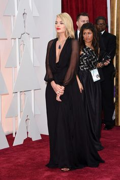 Margot Robbie Photos Photos - HOLLYWOOD, CA - FEBRUARY Actress Margot Robbie attends the 87th Annual Academy Awards at Hollywood & Highland Center on February 22, 2015 in Hollywood, California. - Arrivals at the 87th Annual Academy Awards — Part 3