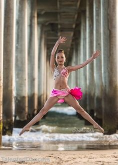 Dance Moms Colour Swap/Change - Maddie Ziegler - Sharkcookie Photo Shoot ~ Pink -> Light Green - Edit by Dance Picture Poses, Dance Photo Shoot, Dance Poses, Dance Pictures, Dance Photography Poses, Photography Photos, Dance Moms Girls, Dance Outfits, Dance Costumes