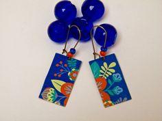 Boucles d'oreilles bleu, boucles d'oreilles dormeuses, laiton, verre, bois, fait main, dissociés, multicolore : Boucles d'oreille par mes-creations-plaisir