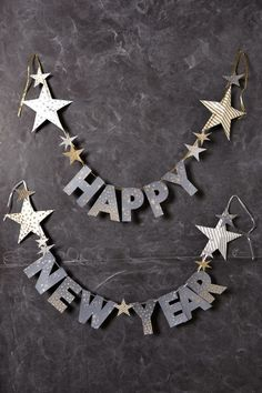 designlovely: (via Happy New Year Garland   Inspiration)