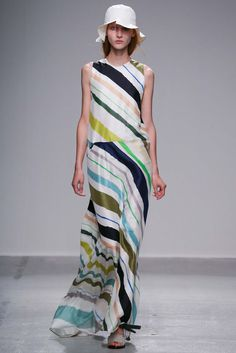 Christian Wijnants Spring 2015 Ready-to-Wear - Collection - Gallery - Look 22 - Style.com