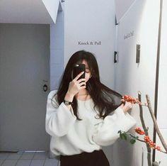 💋 ➷ulzzang ღ girls➶ Ulzzang Korean Girl, Cute Korean Girl, Asian Girl, Aesthetic Korea, Aesthetic Girl, Girl Photo Poses, Girl Photos, Ulzzang Fashion, Korean Fashion