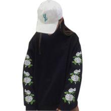 Sudaderas Mujer 2017 New Fashion Spring Harajuku Women Hoodies Pullover Rose Embroidery Sweatshirt Tracksuits Moletom Feminin(China (Mainland))