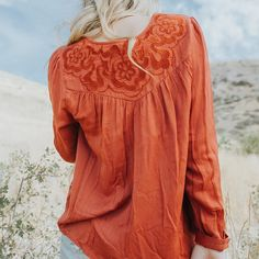 It's all in the details. #flyingfreeblouse