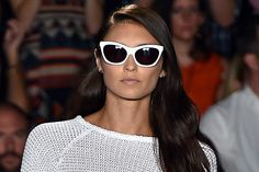 THE Sunglasses Trends to Wear in 2015 - Find the perfect summer accessory by choosing the right trend for sunglasses. Check out the coolest shades from Fashion Week S/S 2015 and pick your favorite.