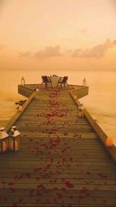 Romantic Places, Beautiful Places To Travel, Romantic Travel, Cool Places To Visit, Places To Go, Romantic Dinners, Vacation Places, Dream Vacations, Weekend Vacations