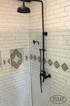 This sweet client of ours recently did a bathroom remodel AND kitchen renovation. This shower surround features a custom tile border paired with classic white subway tile. Visit the blog to see how the kitchen turned out too! #bathroom #renovation #subwaytile