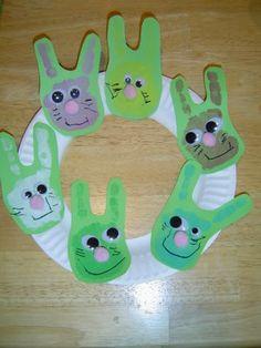Easter Bunny Wreath- Fun toddler craft!