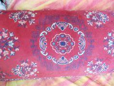 Almofadão feito de tapete belga