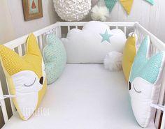 Tour de lit bébé 5 coussins nuages et renards vert