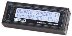 Pantalla suplementaria para piloto. Más información para el piloto mejora la regularidad del equipoSCREEN PLUS II es un accesorio para el BLUNIK II Classic Rally Navigator.SCREEN PLUS II es una pan…