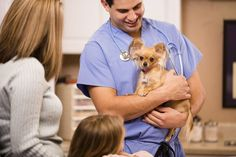 Veterinary technicians need specific skills in their field. Find some of those…