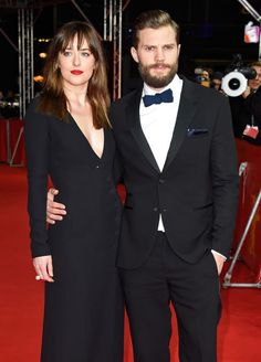 Dakota Johnson y Jamie Dornan en la presentación de '50 sombras de Grey'