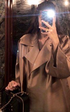 Girl Photo Poses, Girl Photos, Megan Fox Hair, Cute Girl Hd Wallpaper, Greece Fashion, Cute Instagram Pictures, Cute Love Memes, Modesty Fashion, Cute Baby Videos