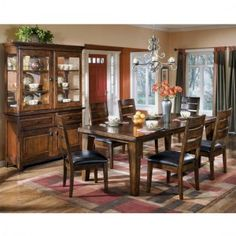 Larchmont Dining Room Set