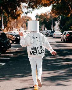 """I like to keep it"" dj mello Electro Music, Dj Music, Dj Alan Walker, Marshmallow Pictures, Dj Marshmello, Nothing But The Beat, Marshmello Wallpapers, Itslopez, Dark Souls Art"
