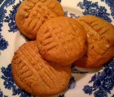 Sweet Tea and Cornbread: Easy Peasy Peanut Butter Cookies...3 Ingredients!